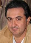 taheri, 61  , Uni