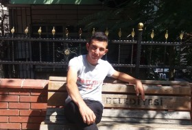 Omer, 21 - Just Me