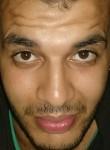 Mohamed, 24  , Dikirnis