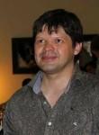 Marius, 44  , Thuin