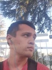 Maksimilian , 24, France, Caluire-et-Cuire