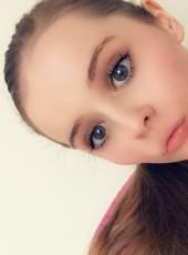 HannahElizabeth, 21, Isle of Man, Douglas