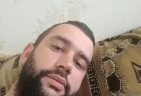 Ramiz, 33 - Just Me