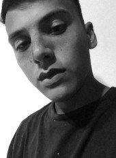Tomas, 18, Argentina, Adrogue