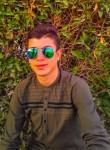 Yazan , 20  , East Jerusalem
