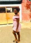 Fatim, 25  , Abidjan