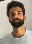 Ludovic  P, 32  , La Roche-sur-Yon