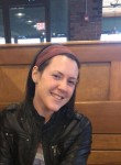Sarah, 24  , Florissant
