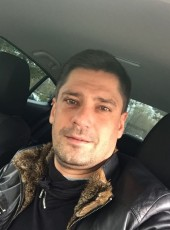 Aleksey, 42, China, Beijing