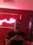 Moataz, 32  , Tunis