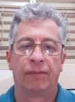 Marcos , 56, Americana