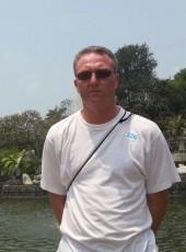 Igor, 46, Russia, Severodvinsk