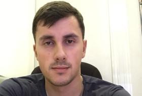 Maksim, 29 - Just Me