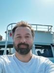 Aleksandr, 43  , Kazan