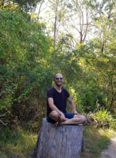 Jav, 35, Australia, Mackay