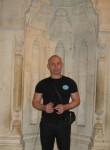 Umberto, 45  , Vnukovo