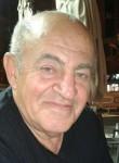 Itskhak, 70  , Tel Aviv