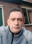 pascal, 43  , Schiedam