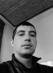 Aleksandr, 33  , Yevpatoriya