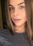 Anastasiya, 23, Saint Petersburg