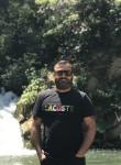 Şahin , 30  , Izmit