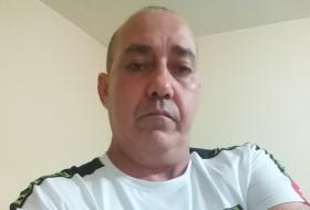 Rafael , 48 - Just Me