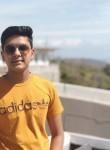 Mohit, 18, Sangrur