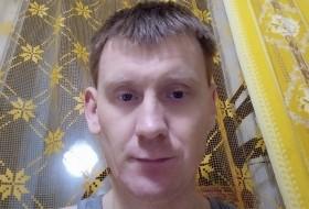 Slavik, 37 - Just Me