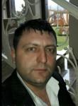 golub, 37  , Tirana