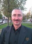 sergey, 62, Moscow