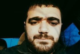 Zorayr, 22 - Just Me