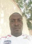 Mawuko, 35  , Lome