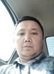 Nur, 35  , Tashkent