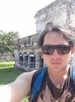 Patricio    L, 34  , Quito