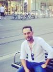 Shkelxen, 33  , Tirana