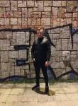 Niks, 21  , Tirana