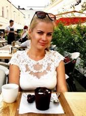 IRINA, 31, Russia, Moscow