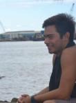 Henere, 20  , Papeete
