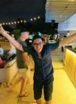 Illusionist, 30  , Singapore