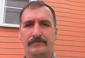 Pavel, 59 - Just Me
