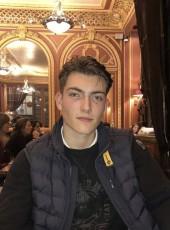 Jules , 18, France, Lyon