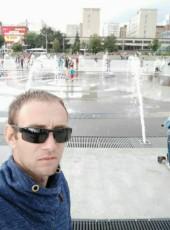 Alekxey, 32, Belarus, Mazyr