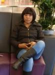 Bernadette Esthe, 36  , Paris