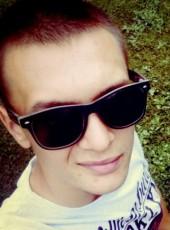 Nikolea, 20, Romania, Arad