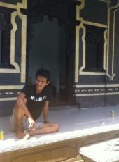 miketa, 22, Indonesia, Kuta