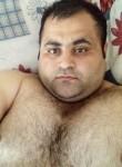 Senol, 34, Istanbul