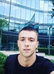 Aleksandr, 24  , Prague