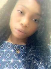 Annie, 23, Nigeria, Lagos