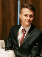 Dmitriy, 24, Belarus, Astravyets