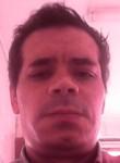 Julio, 37  , Pedroucos